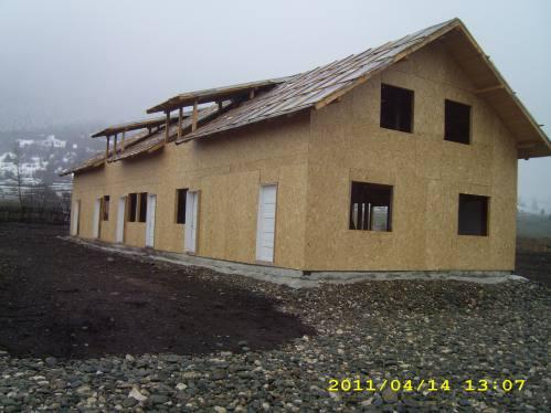 Holzhaus In Zarnesti